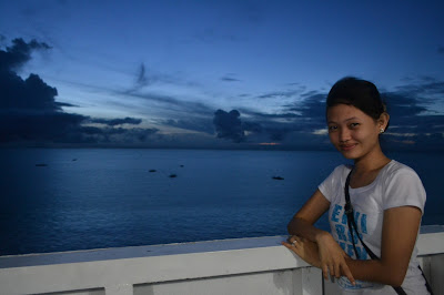 Off to Cebu. Taken with NIKON D3100. With Sheenalyn Go as my subject.