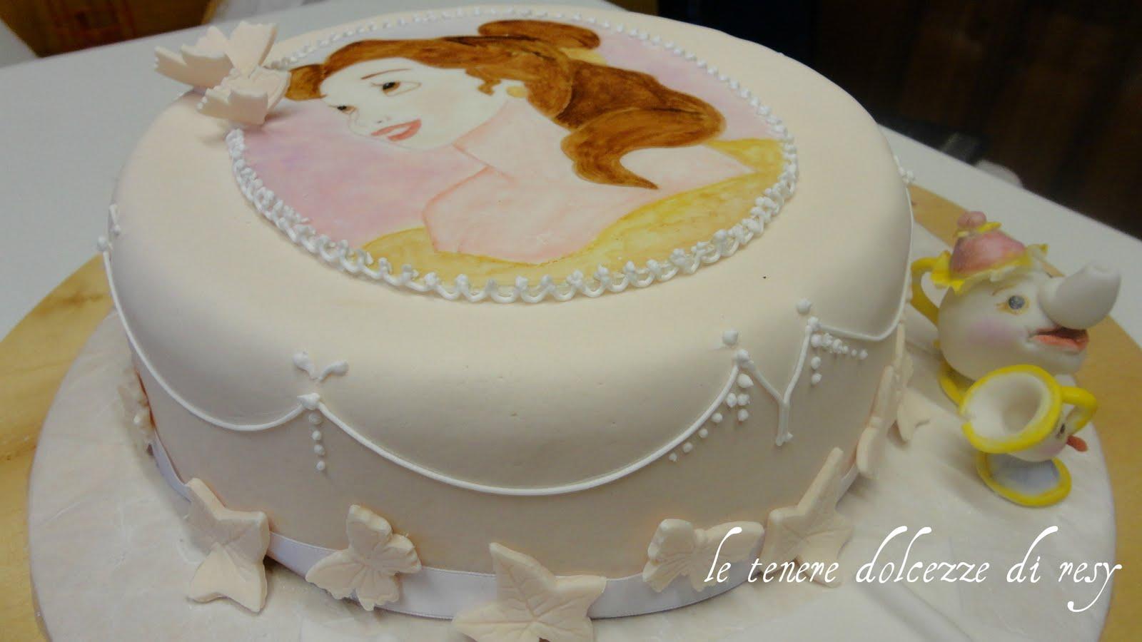 Le tenere dolcezze di resy belle cake per alessia for Decorazioni torte 2d
