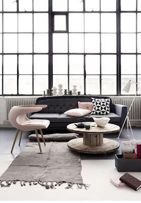 diseño de sala en rosa y gris