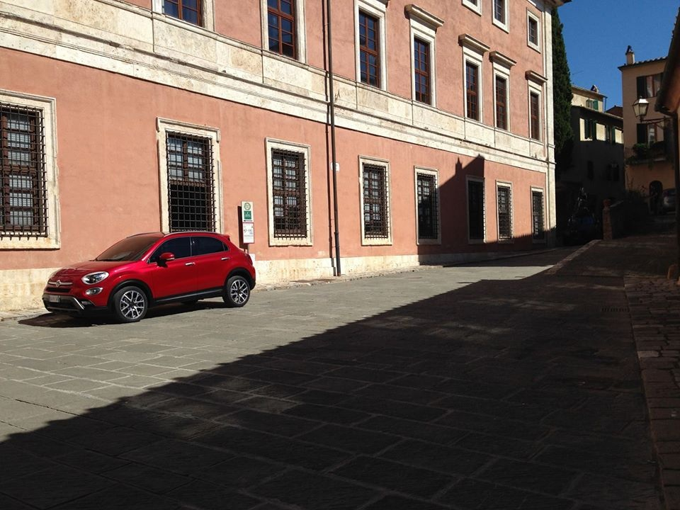 This is Fiat's New 500X Small Crossover