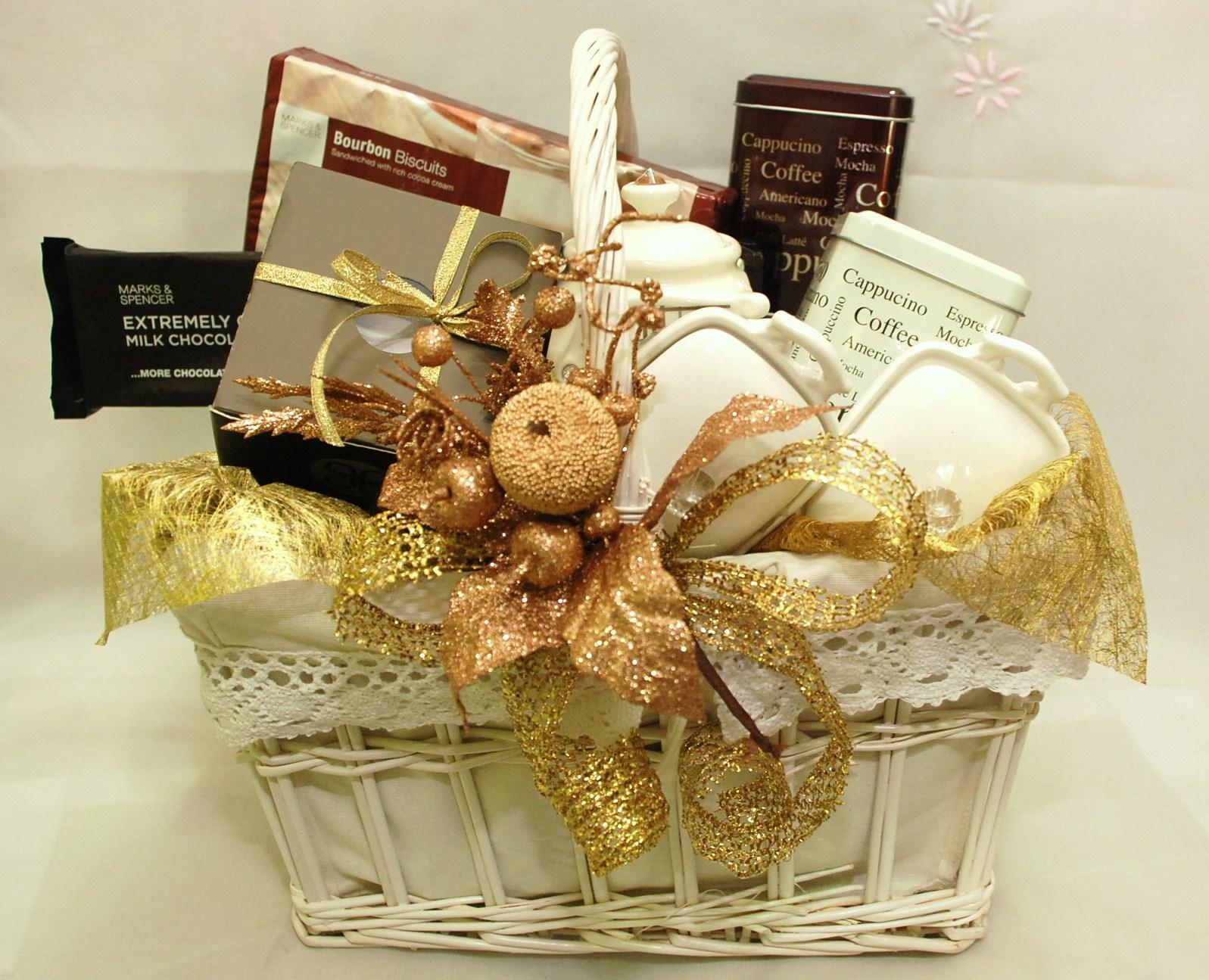 Wedding Gift Basket Ideas 2 New Gifts basket and Wedding