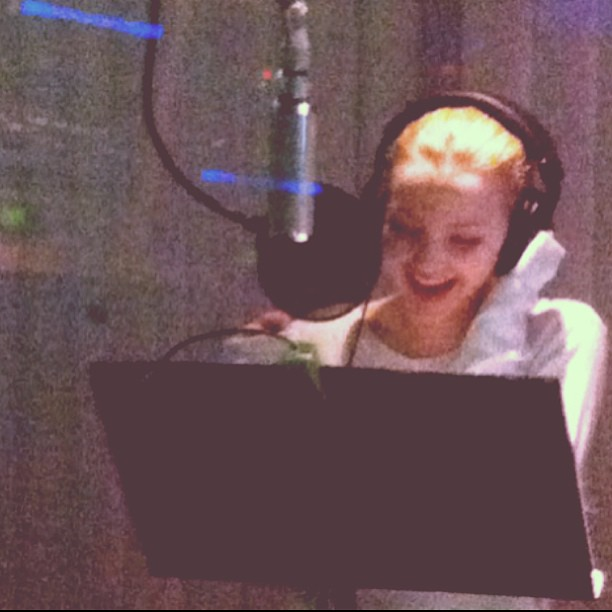 Dove cameron liv and maddie theme song - photo#14