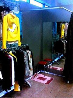 Фото отдел продажи одежды