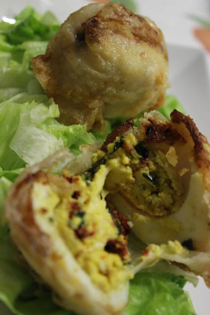 uova in pasta fillo pomodoro secco e basilico