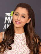 Ariana Grande en Los mtv movie awards 2013 (ariana grande mtv movie awards sowcn nj)