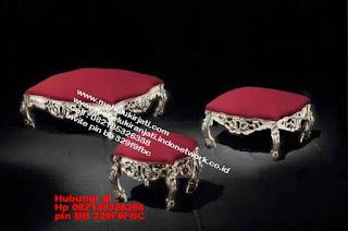 Toko mebel jati klasik jepara,sofa cat duco jepara furniture mebel duco jepara jual sofa set ruang tamu ukir sofa tamu klasik sofa tamu jati sofa tamu classic cat duco mebel jati duco jepara SFTM-44090