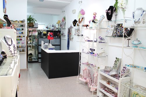 Kyra dise o y creaci n de complementos nueva decoraci n for Decoracion de boutique