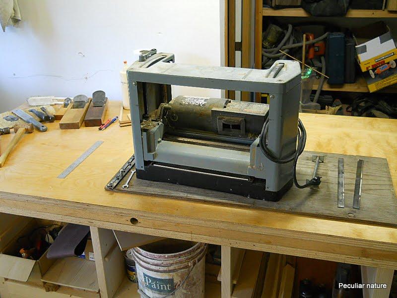 Delta 12 inch planer sharpening blades