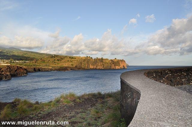 Miradouro-das-Pedras-Negras