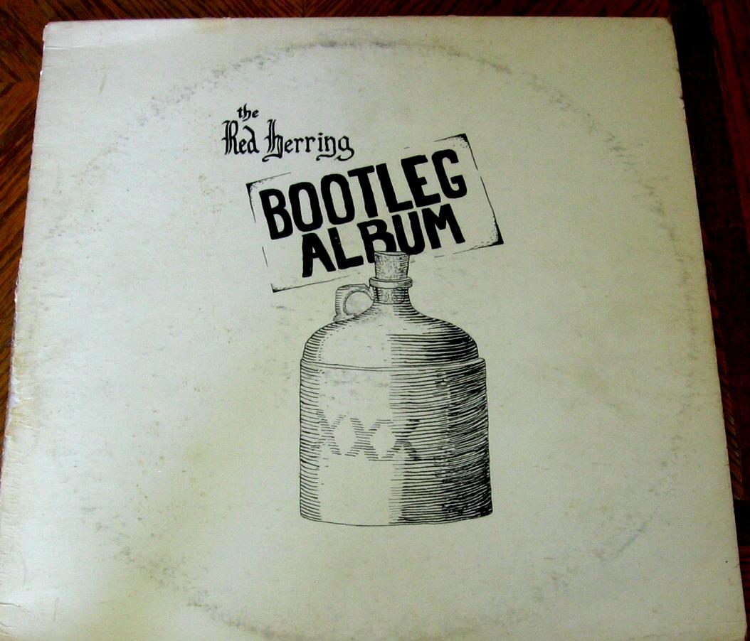 http://3.bp.blogspot.com/-aR6NI-1QV3I/TaJ3DAAzGuI/AAAAAAAACTg/x_PTvkHnPgw/s1600/Album-The+Red+Herring+Bootleg+Album+c.+FAll+1970+front+_3349.jpg