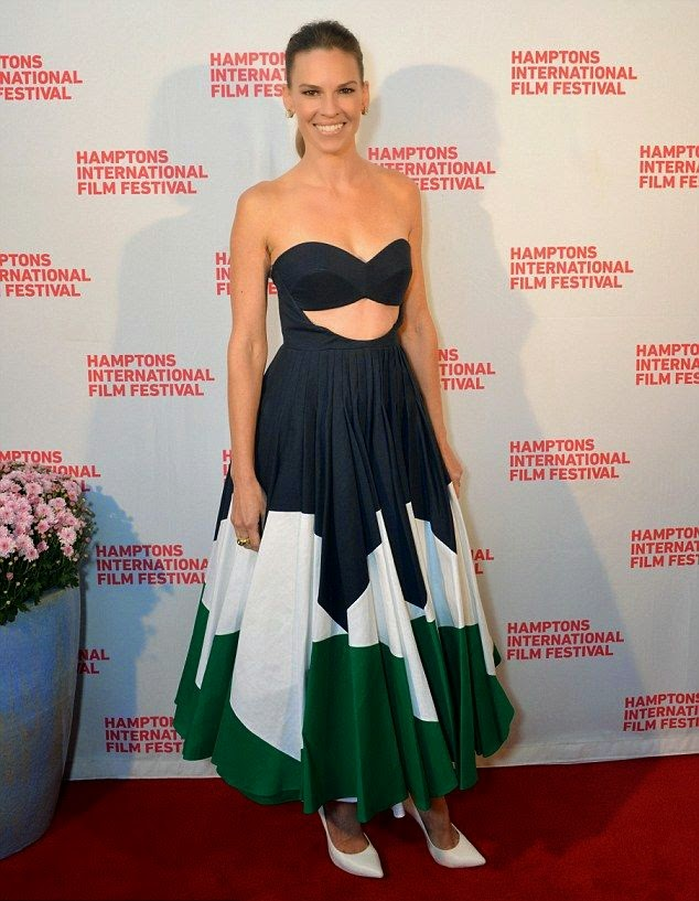 Girl is gone give someone a heart attack if she keep posing on those garment. And Hilary Swank wasn't messing around as she attended the red carpet of the Hamptons International Film Festival on Sunday, October 12, 2014.