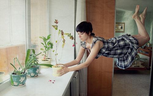 Cuidando las plantas by Yolfi