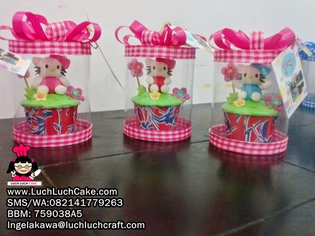 Cupcake Souvenir Hello Kitty (Repeat Order)