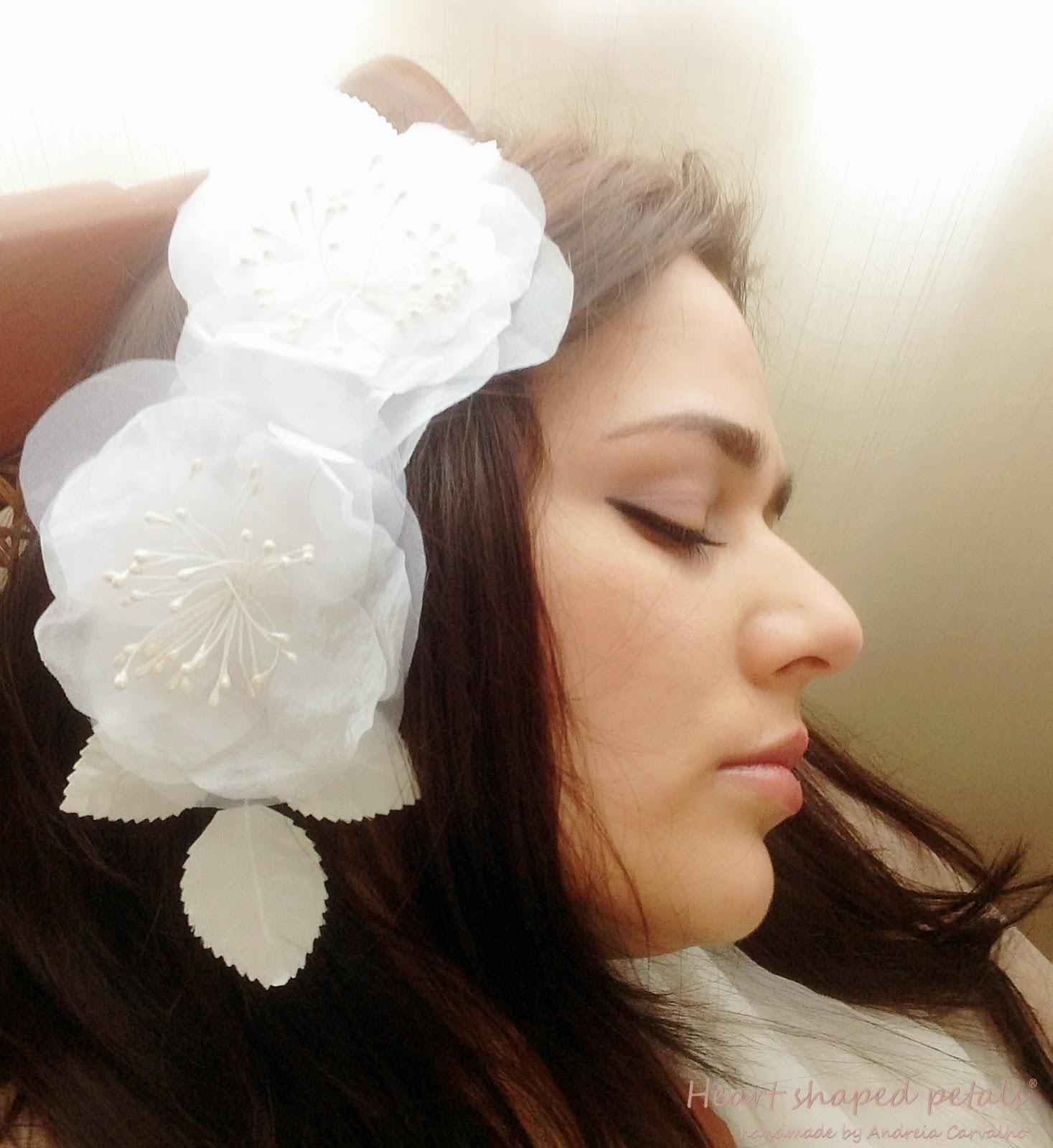 Bridal hair accessory flowers