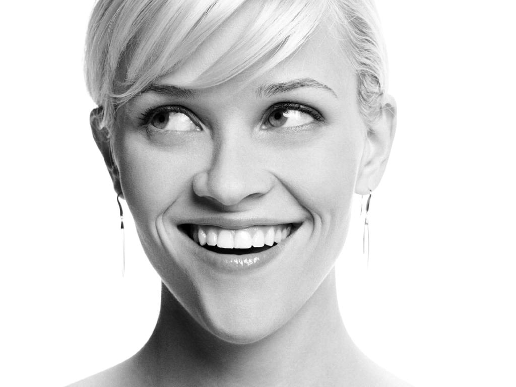 http://3.bp.blogspot.com/-aS1UFBlHp-4/UU7-u7CFhmI/AAAAAAAAFFI/vu87RFnxj2A/s1600/Reese-Witherspoon-black-and-white-profile-photo.jpg