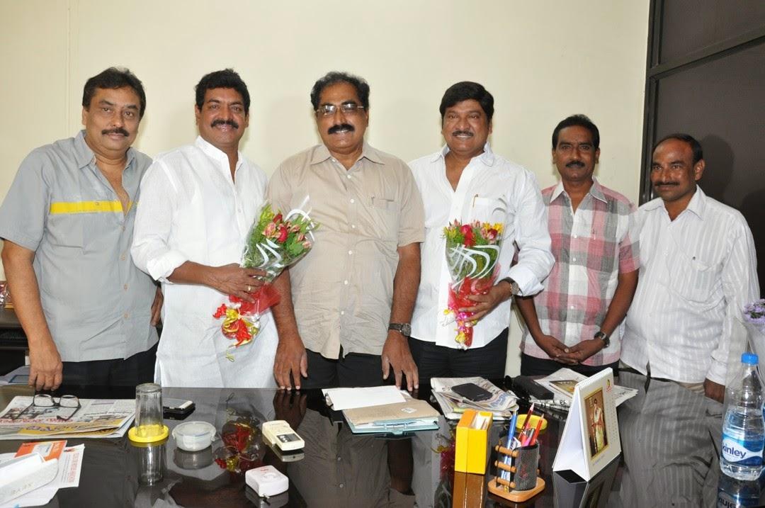 Maa President Rajendra Prasad Felicated by Tammineni and Others-HQ-Photo-8