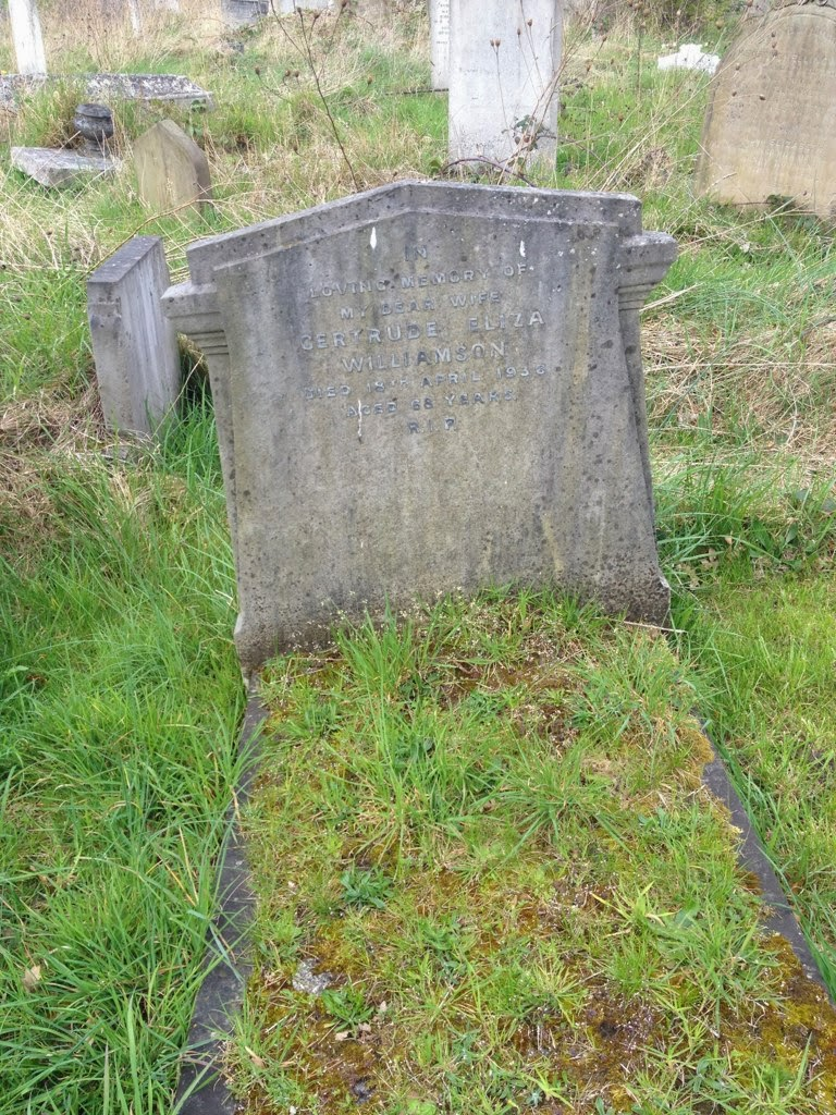 Gertrude Williamson gravestone