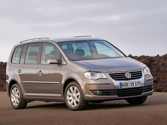 2014 Volkswagen Touran HD Desktop
