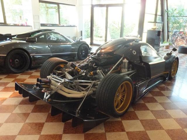 motors e cars 2013 Pagani Zonda 764 Passione