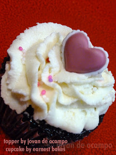 heart cupcake by Jovan and Earnest