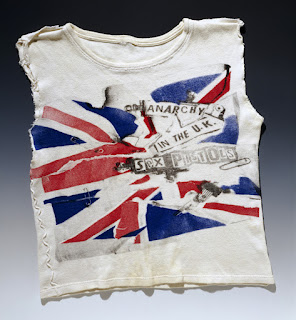 Sex Pistols T-shirt - www.vam.ac.uk