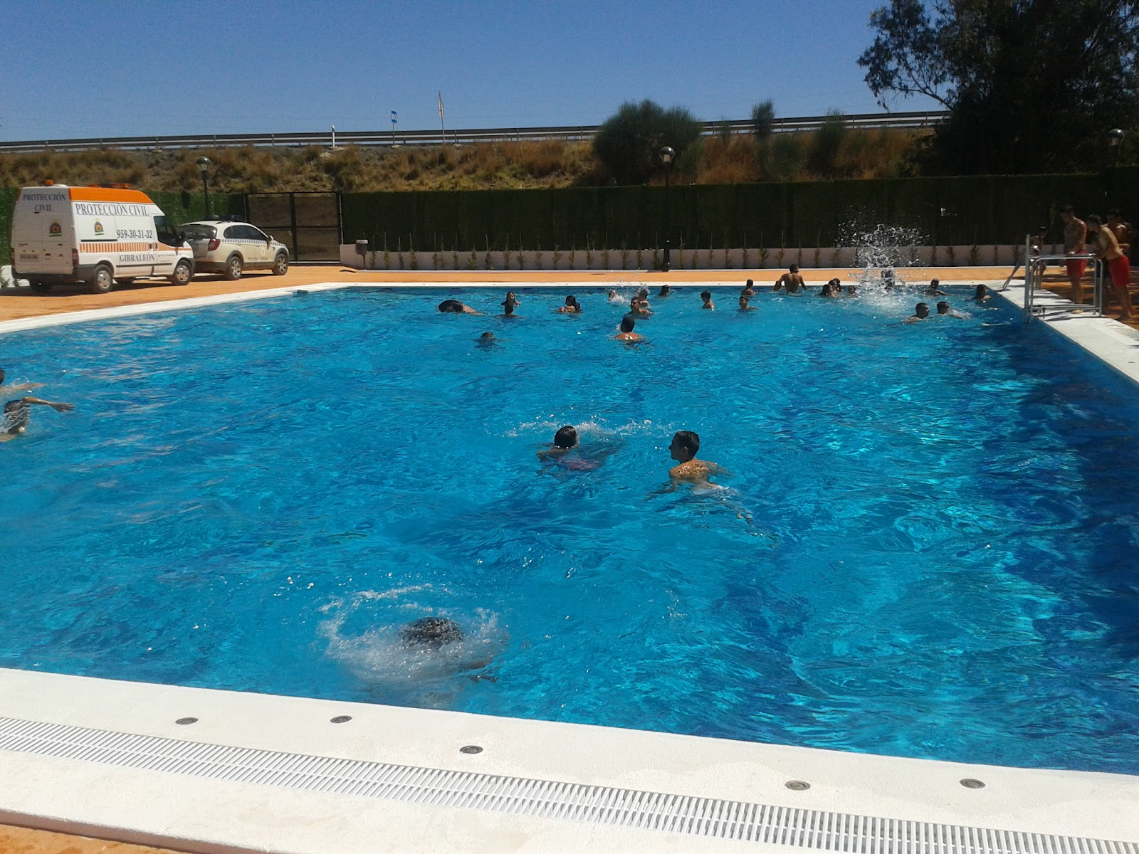 Pmd gibrale n piscina municipal temporada de verano for Piscina municipal de salt