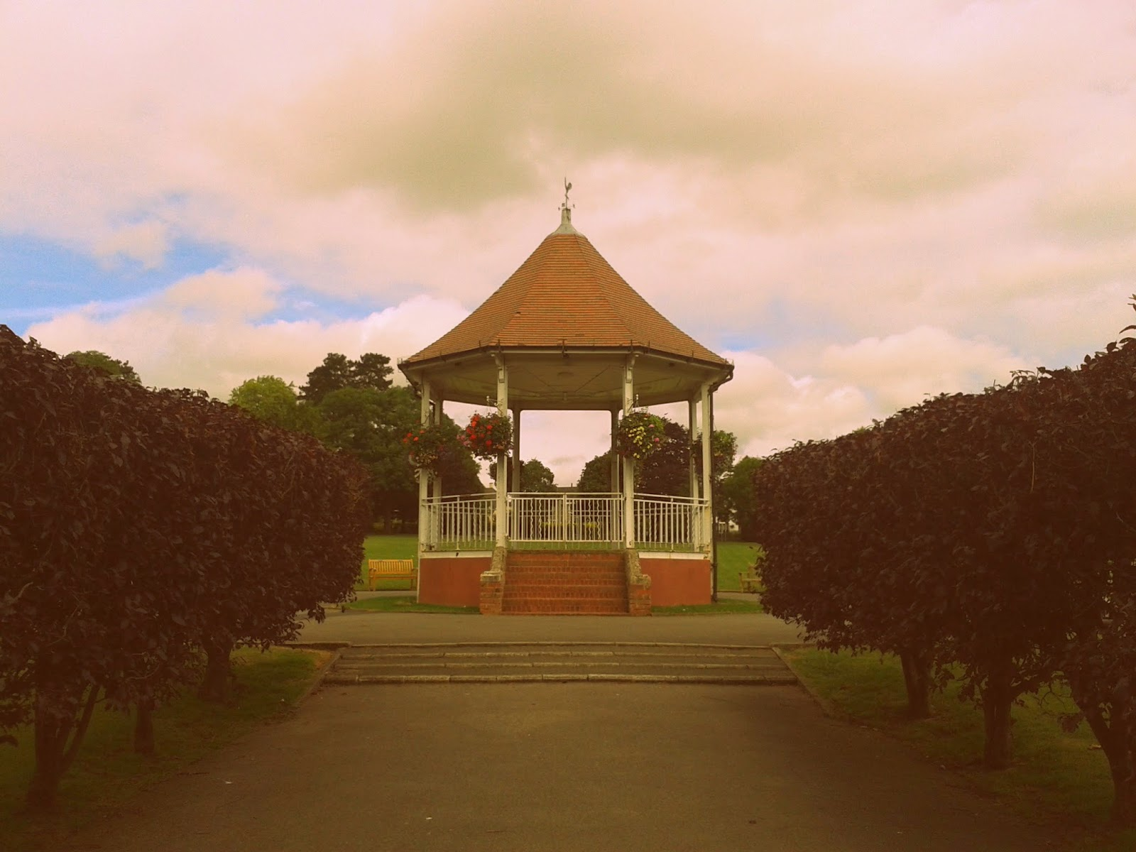 Project 365 day 197 - Bandstand // 76sunflowers