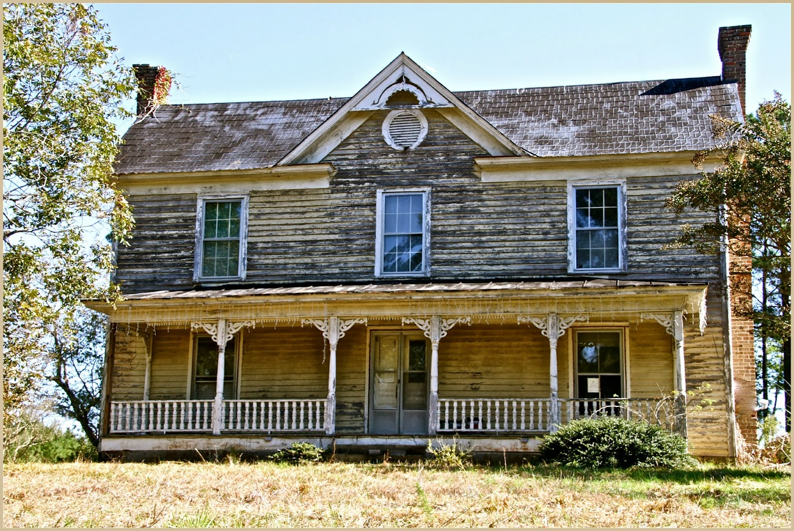 Image gallery old country homes for Country house builders