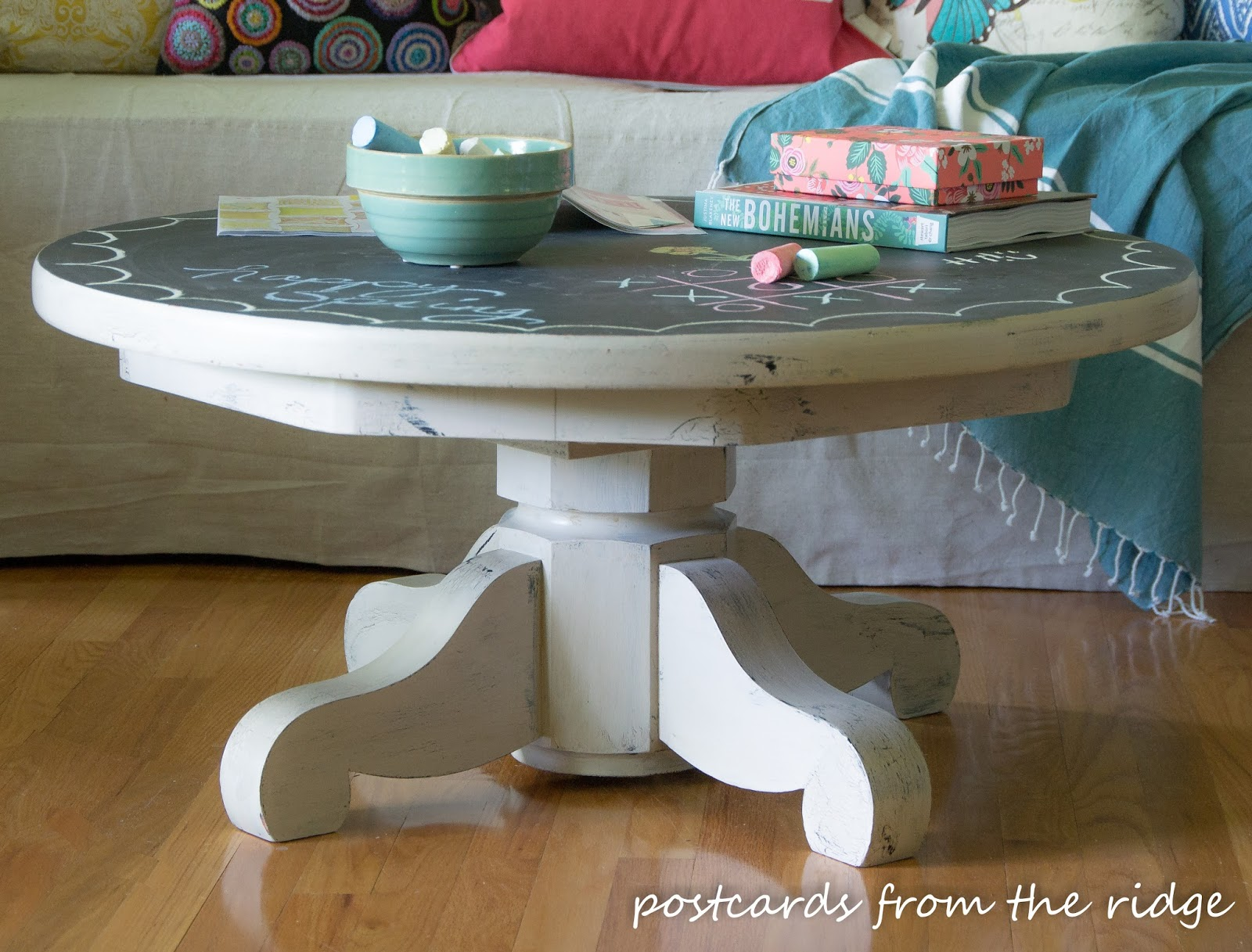 chalkboard painted pedestal coffee table inspired by