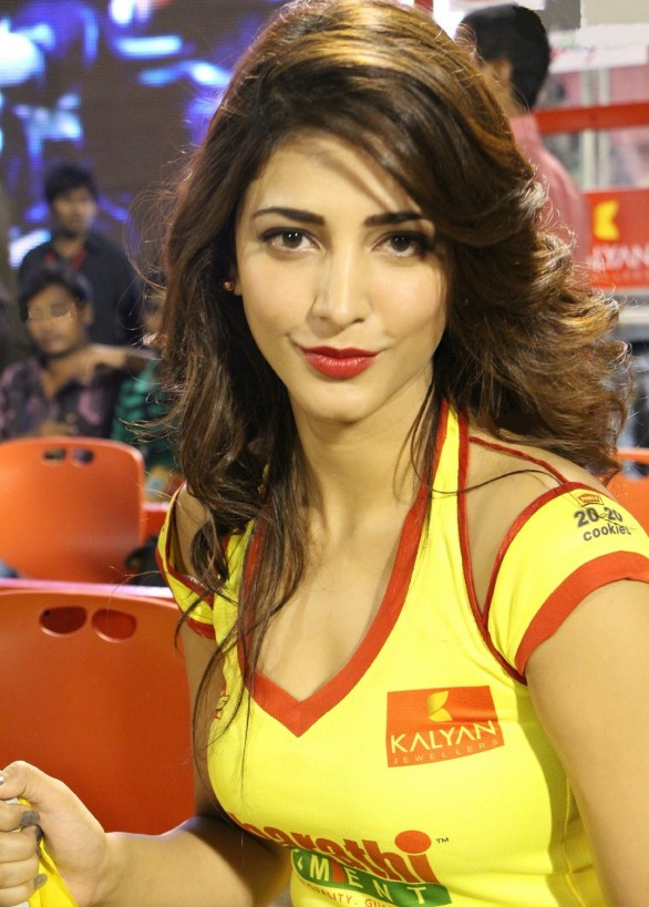 Hot Pics of Shruti Hassan - Cantik Dan Seksi