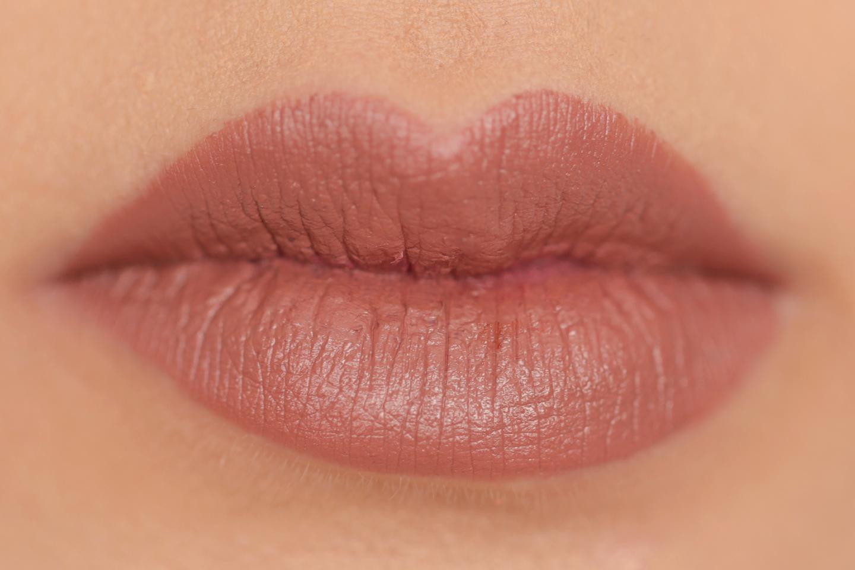 Urban Decay Matte Revolution Lipstick Stark Naked