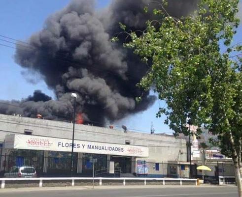 Fuego y humo