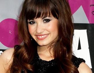 Juego para maquillar a Demi Lovato