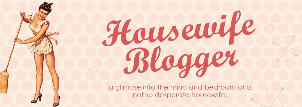 Housewife Blogger