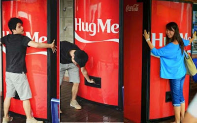 Hug Me Cola Cola Machine
