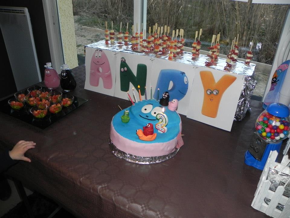 L anniversaire d une petite canaille andy 2 ans petits canaillous - Decoration anniversaire barbapapa ...
