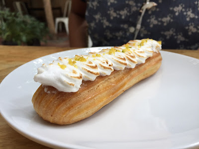 Key Lime Eclair at London Muffin Pune