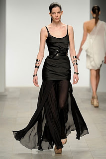 Amanda Wakeley, RTW, A/W 2011 black dress