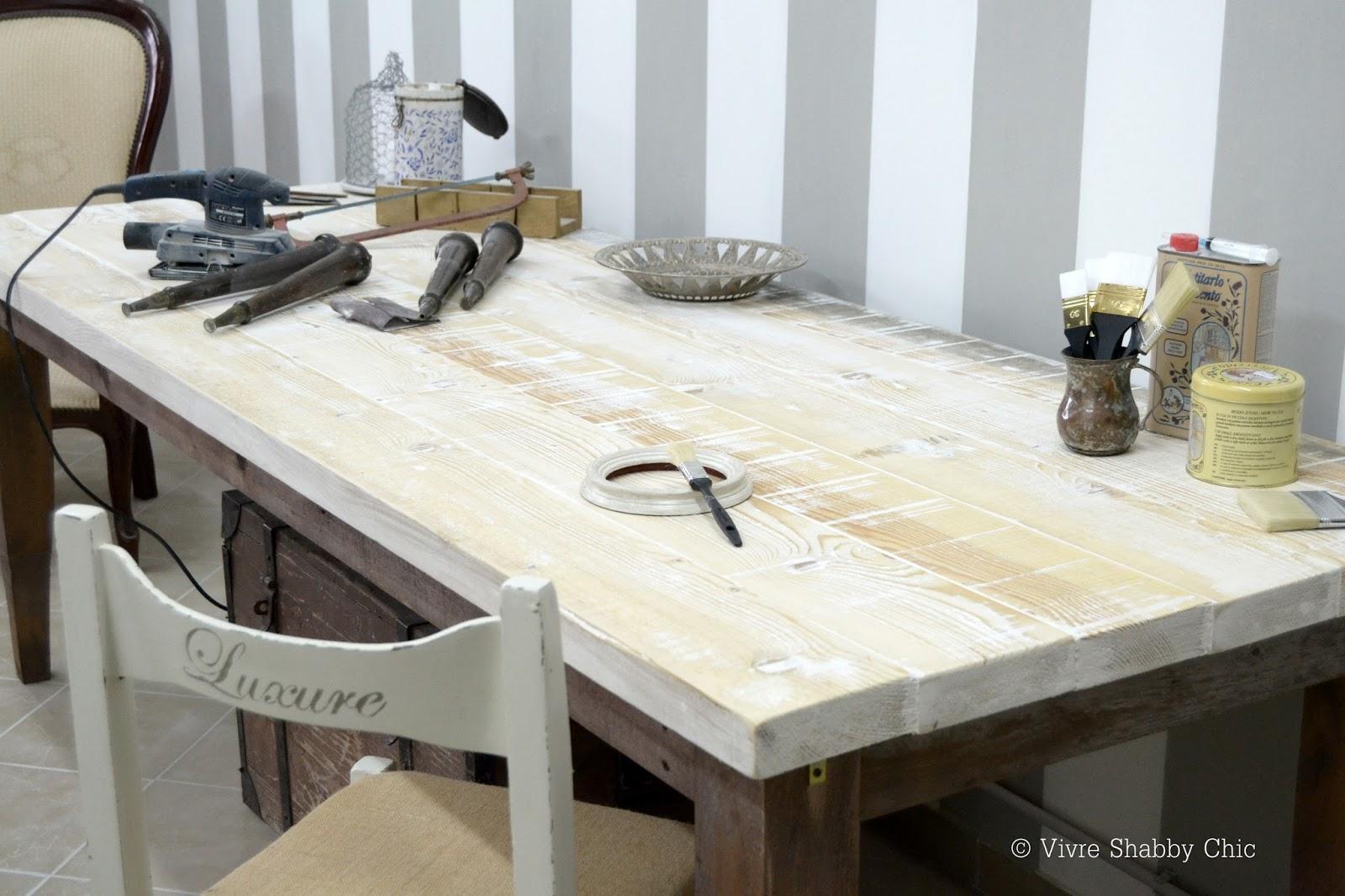 Vivre shabby chic un tavolo per il mio laboratorio - Tavolo shabby chic ...