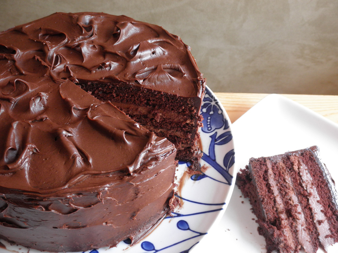 Chocolate Cake With Ganache Filling