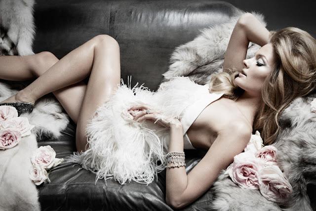 Constance Jablonski Sexy in lingerie