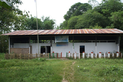 Sekolah Kandang Sapi, Potret Buram Pendidikan Indonesia