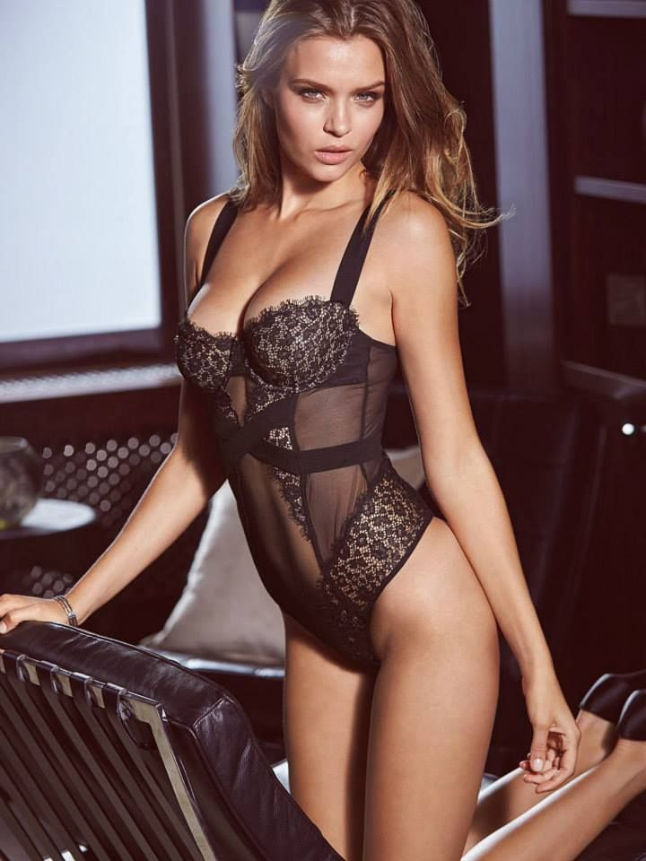 Peeks at the Sexiest Lingerie 9