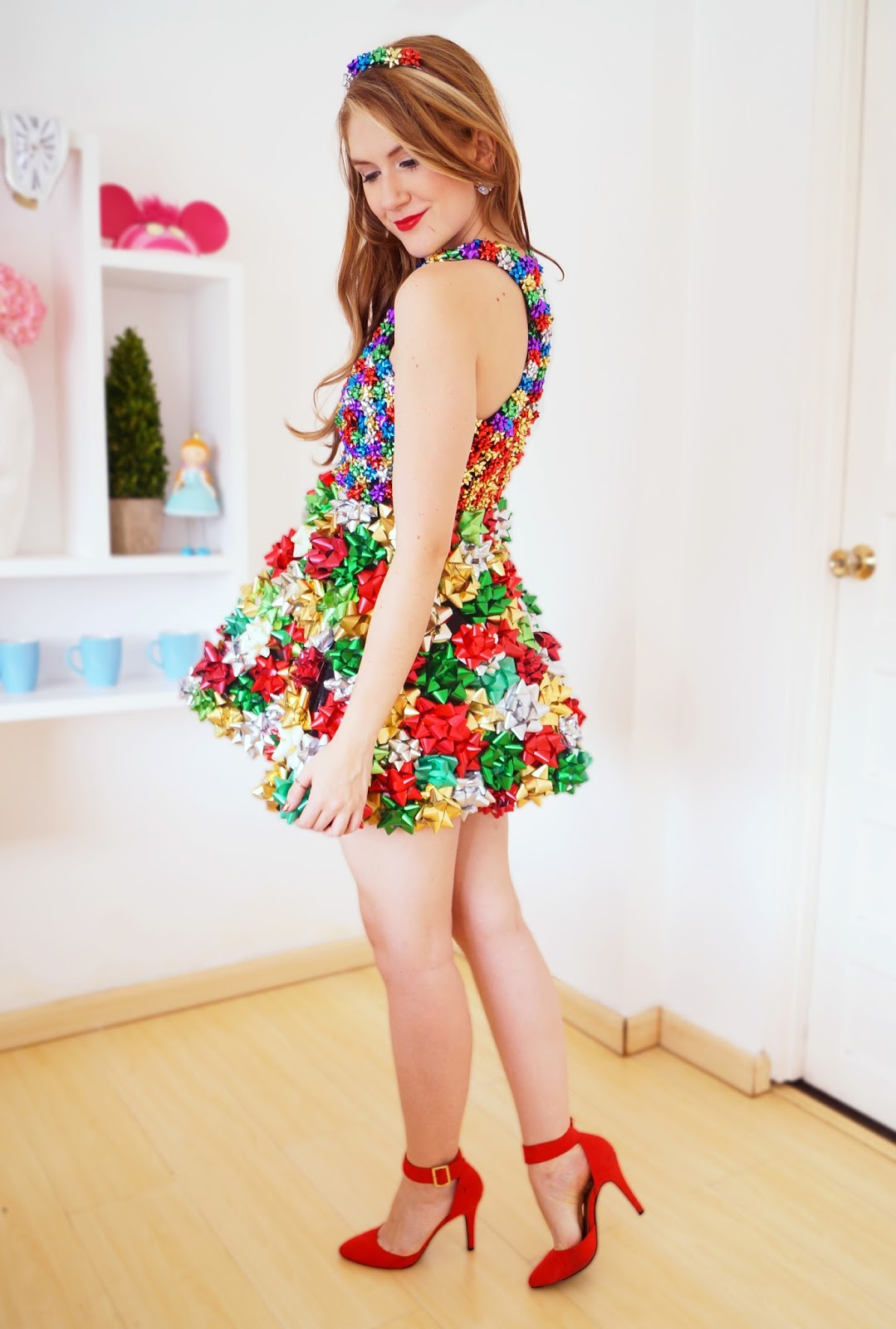 Christmas Costume Party Ideas Part - 28: Cute Christmas Outfit Idea