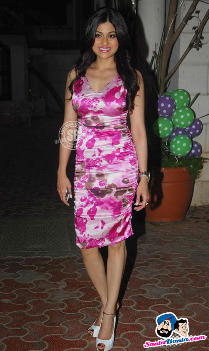 Shamita Shetty - Shilpa Shetty`s Baby Shower Pics