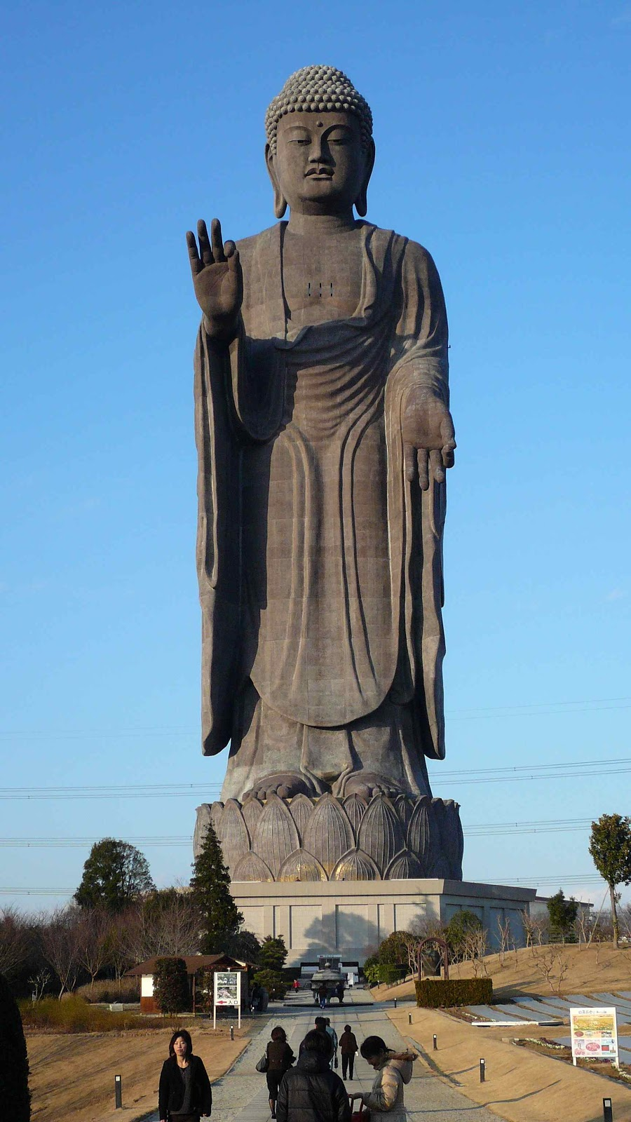 Ushiku Daibutsu Vs Statue Of Liberty Res Obscura: The World...