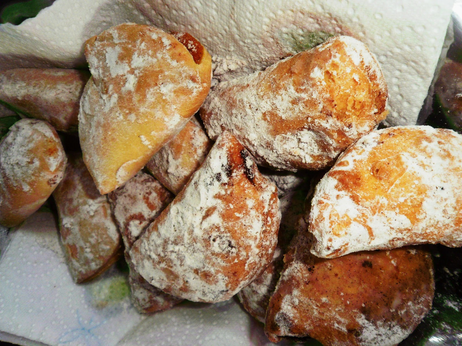 Mad about baking!: Azevias de Gila (Sweet Pumpkin Pockets)