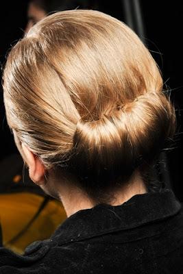 Fall/Winter 2011-2012 Hairstyle Trends- carolina herrera