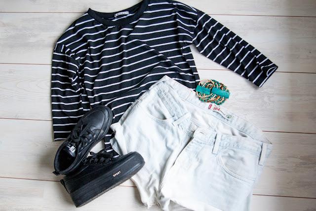 Fashion, shorts, striped top, levis, levis shorts, denim, platform sneakers, sneakers, fashionblogger, blogger,