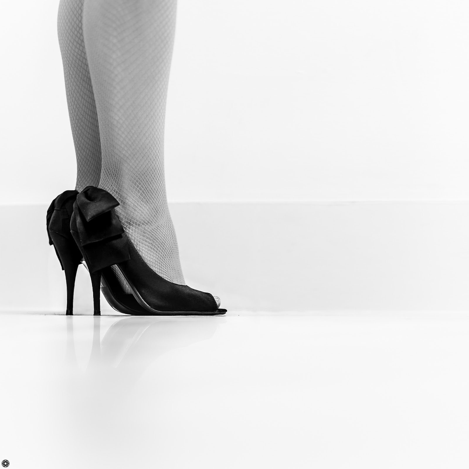 Tacones cercanos :: Canon EOS 5D MkIII | ISO100 | Canon 85mm | f/2.5 | 0.3s